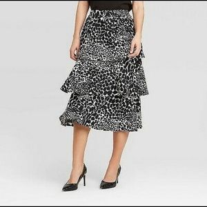 Who What Wear Mid Rise Leopard Tiered Skirt